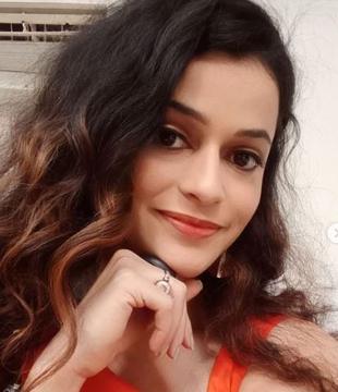 Neha Chitnis Hindi Actress