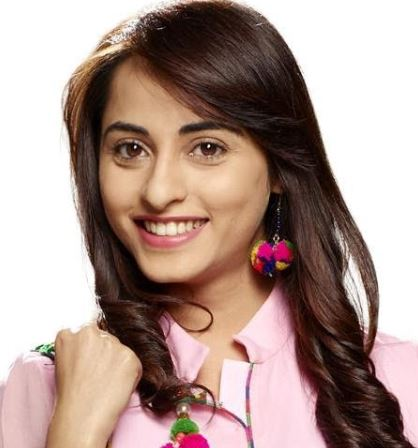 Niyati Fatnani Hindi Actress