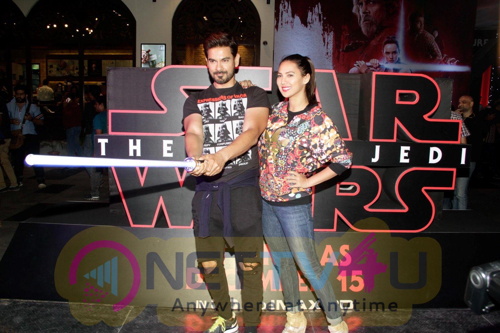 Red Carpet Premiere Of 2017's Most Awaited Hollywood Film Disney Star Wars  Stills