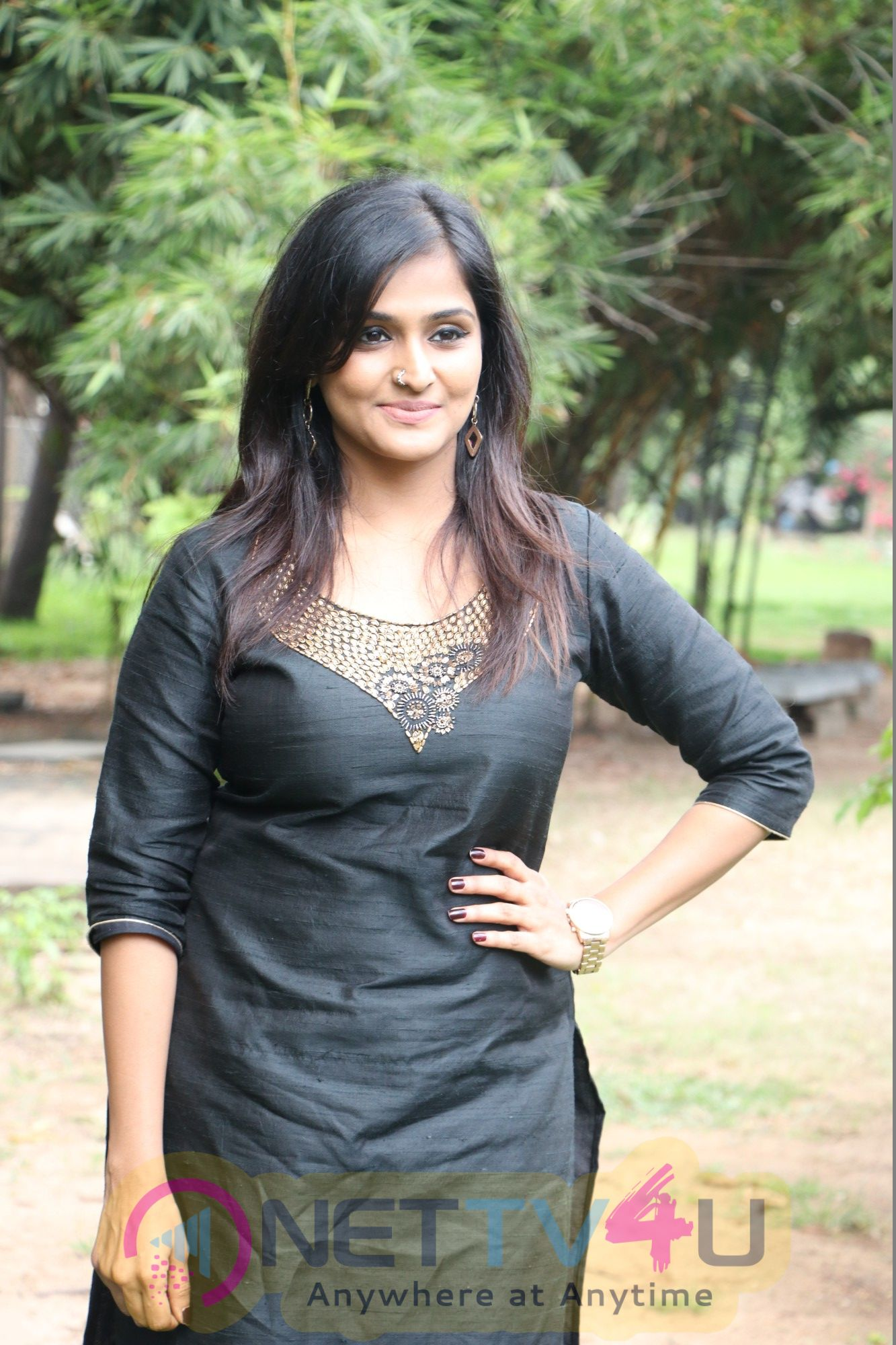 Actress Remya Nambeesan Attractive Stills