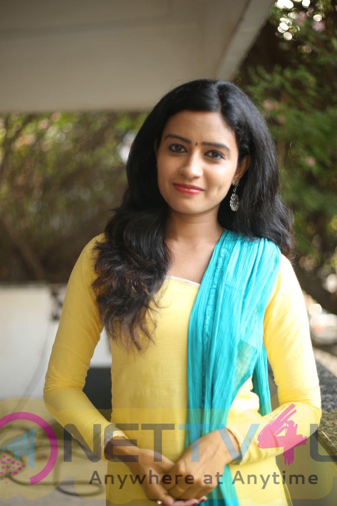 Actress Sangeetha Exclusive Interview Stills Tamil Gallery