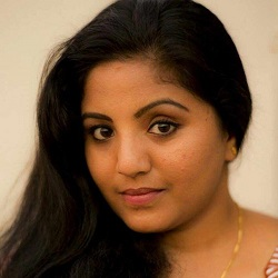 Srividya Natarajan Tamil Actress