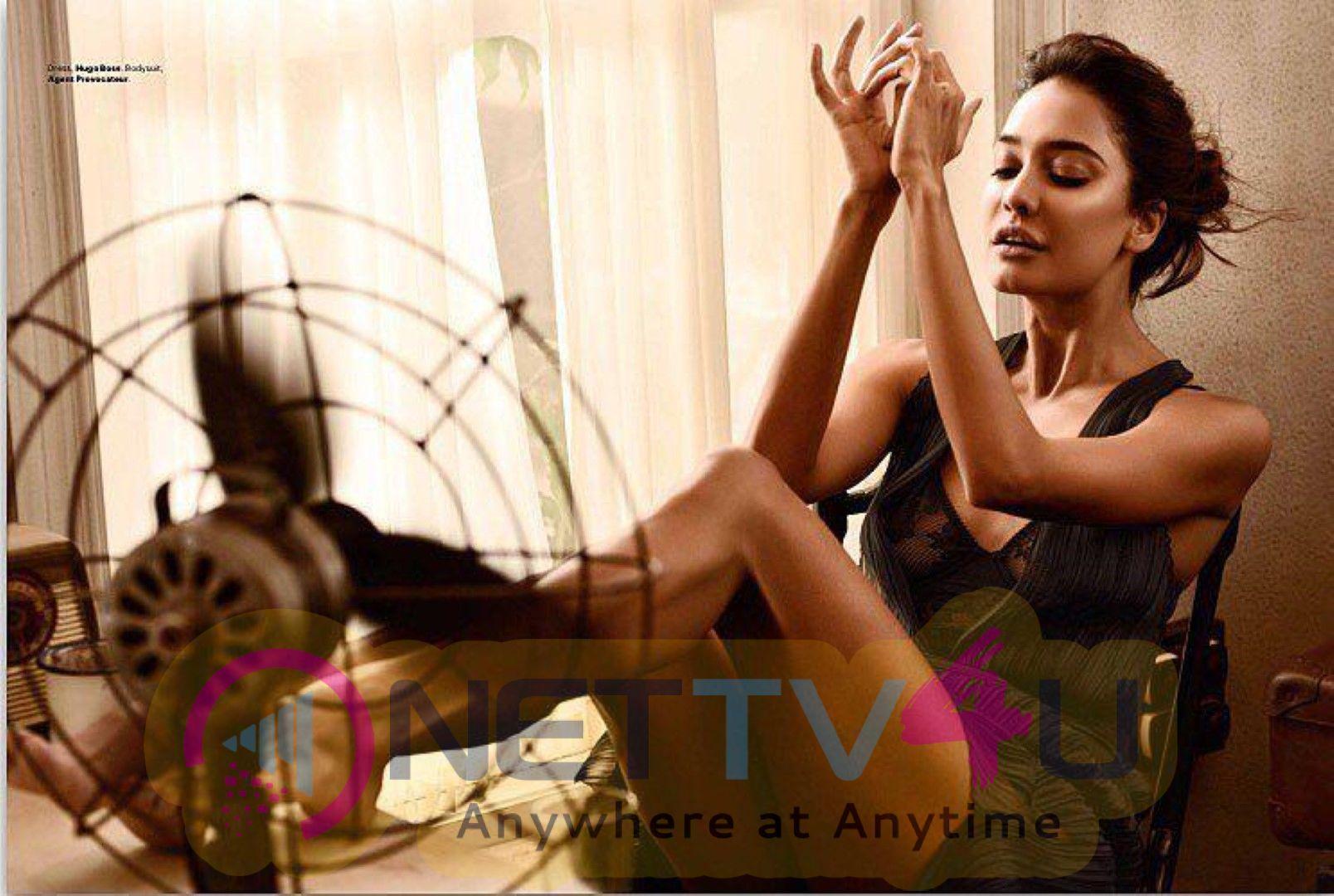 Actress  Lisa Haydon Pretty Stills Hindi Gallery