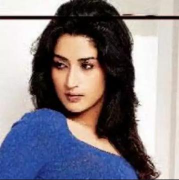 Khalida Khan Hindi Actor