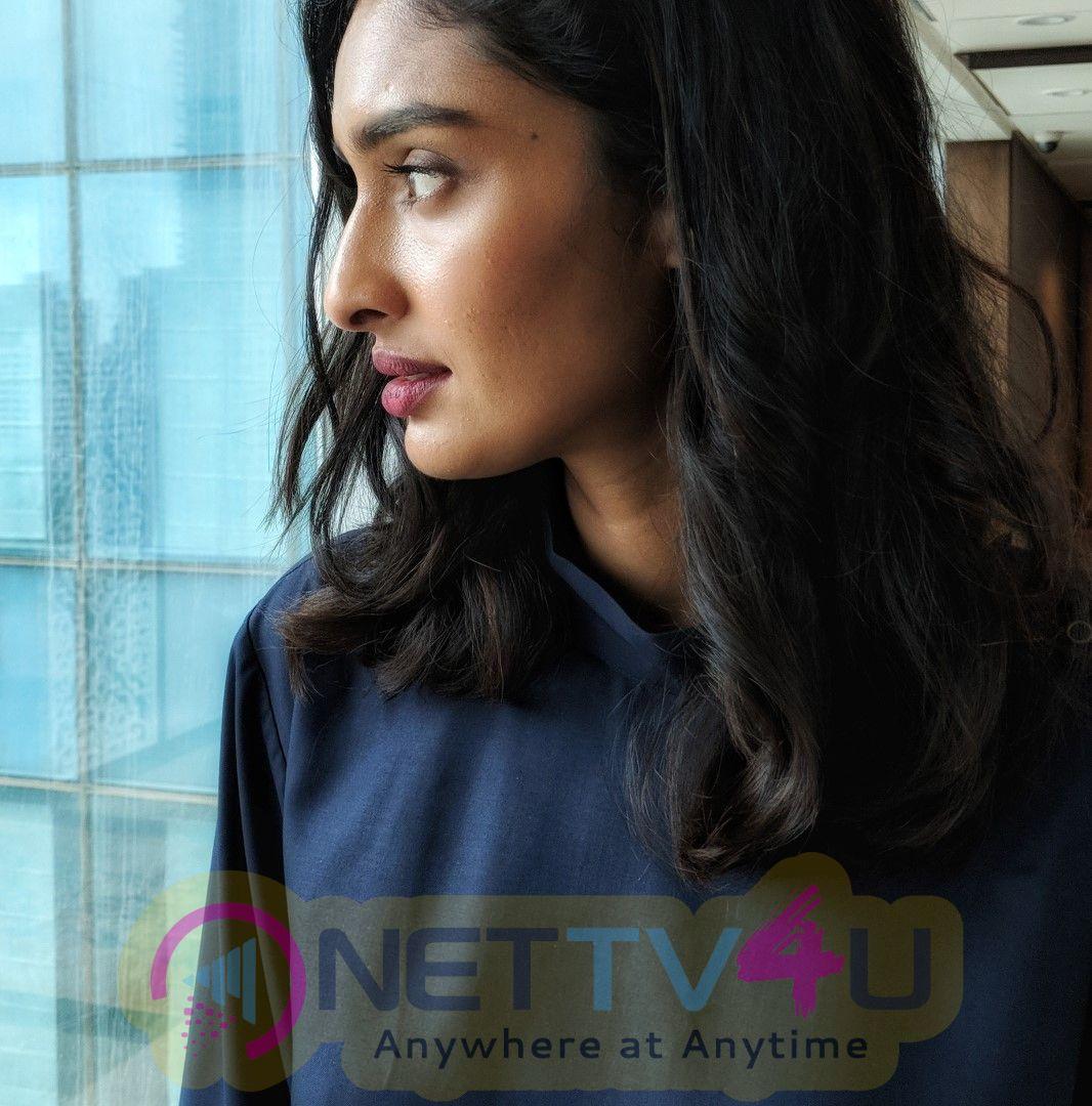 Actress Dayana Erappa Gorgeous Photos