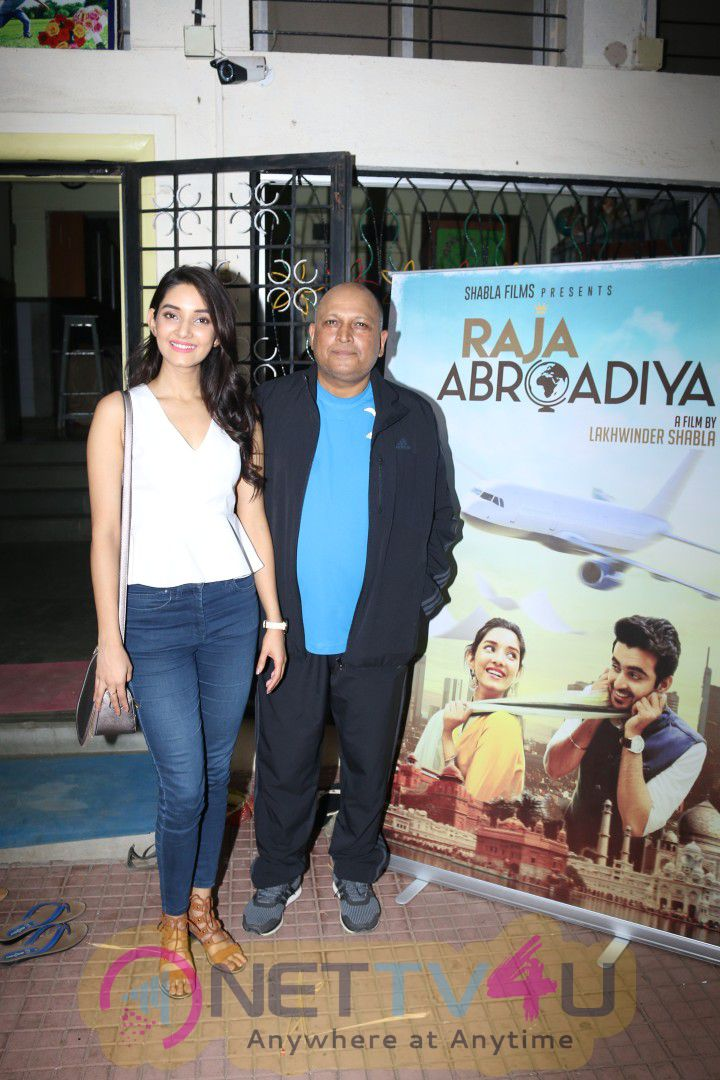 Miss India Vaishnavi Patwardhan & Director Lakhwinder Shabla At Announcement Of Film Raj Abrodiya With NGO Kids Photos