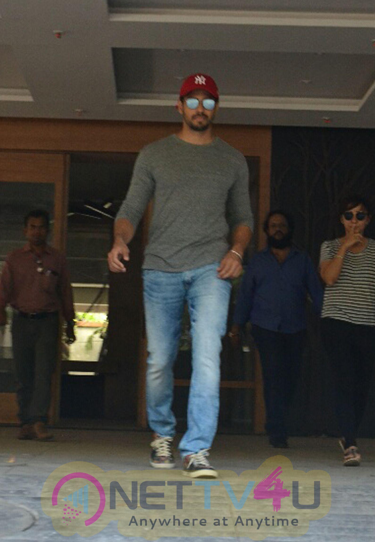 Sidharth Malhotra Came To Bandra Photos