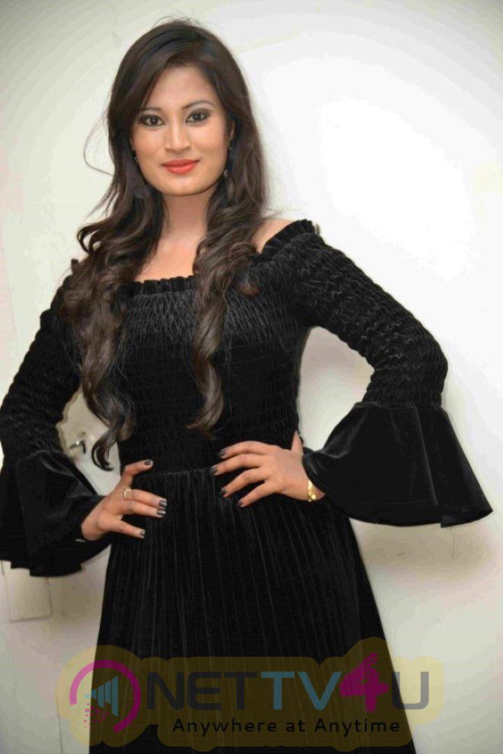 Actress Anusha Rai Stunning Stills  Kannada Gallery