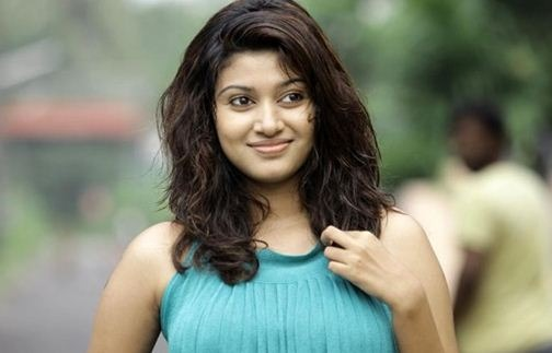 Oviya Escapes From Elimination!