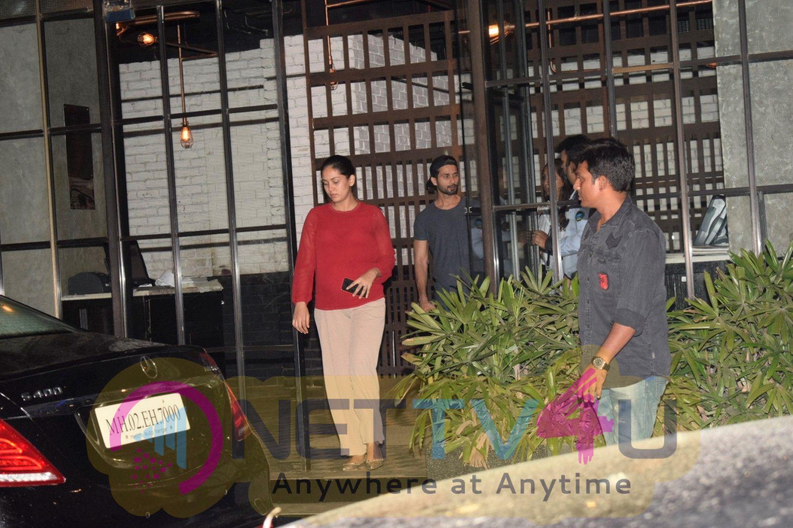 Shahid Kapoor & Mira Rajput spotted at andheri Stunning Images