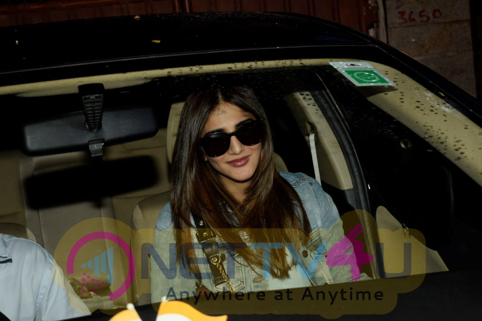 Vaani Kapoor Spotted At Juhu Pretty Images