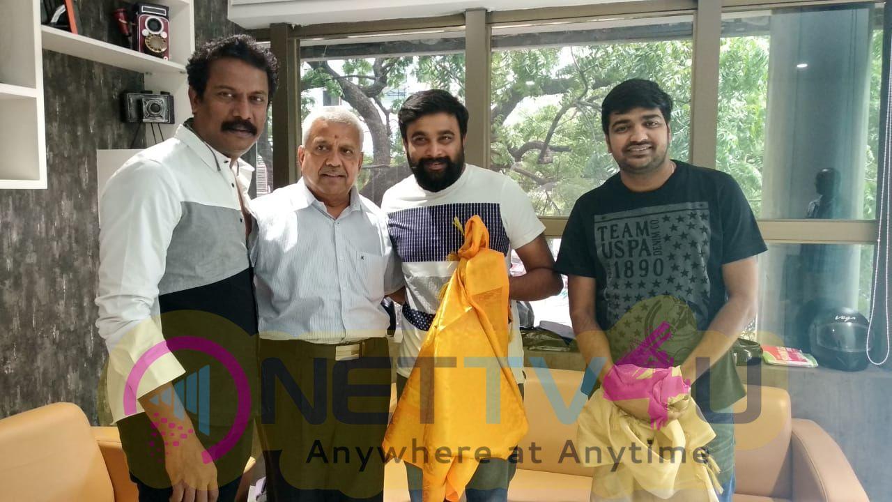 Actor Sasikumar And Samuthirakani Visits Knack Studio Images Tamil Gallery