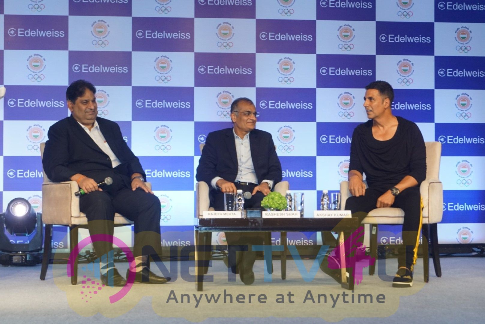 Akshay Kumar Wish The Asian Games In Press Conference Stills