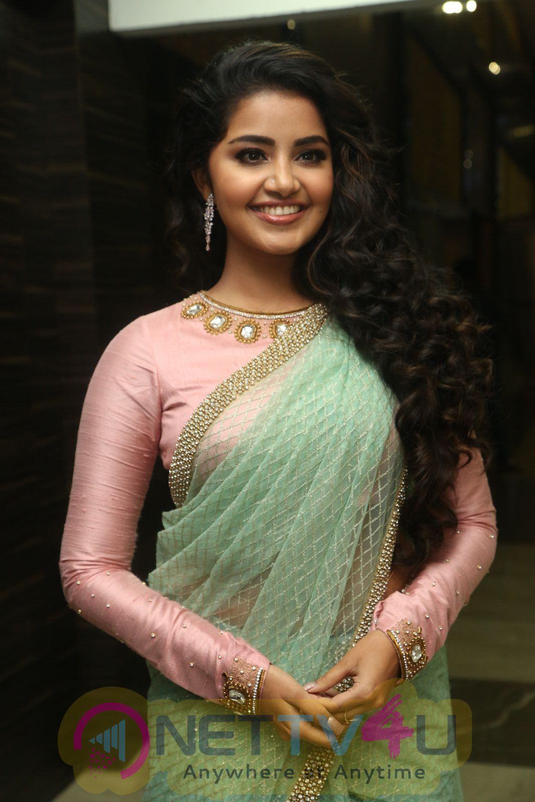 Actress Anupama Parameswaran Stylish Pics Malayalam Gallery