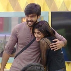 Oviya's Super Treatment To Aarav Makes Oviya Fans Happy!