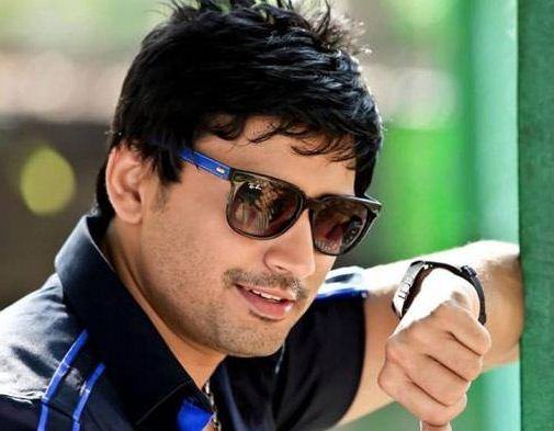 Top Star Prashanth Comes With Johnny!