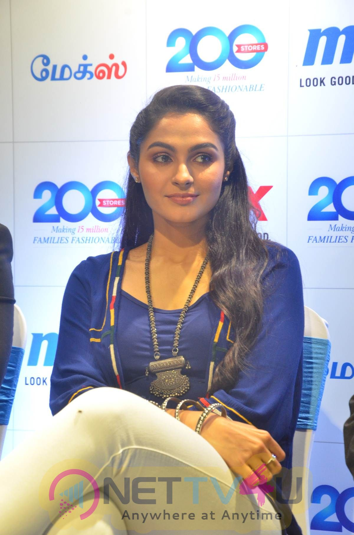 Andrea Jeremiah Launches 200 Th Max Fashion India Show Room Images