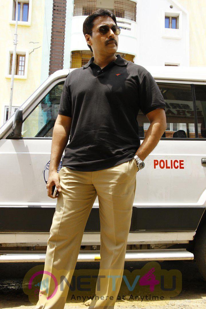 Pagadi Aattam Movie Photos & Working Stills