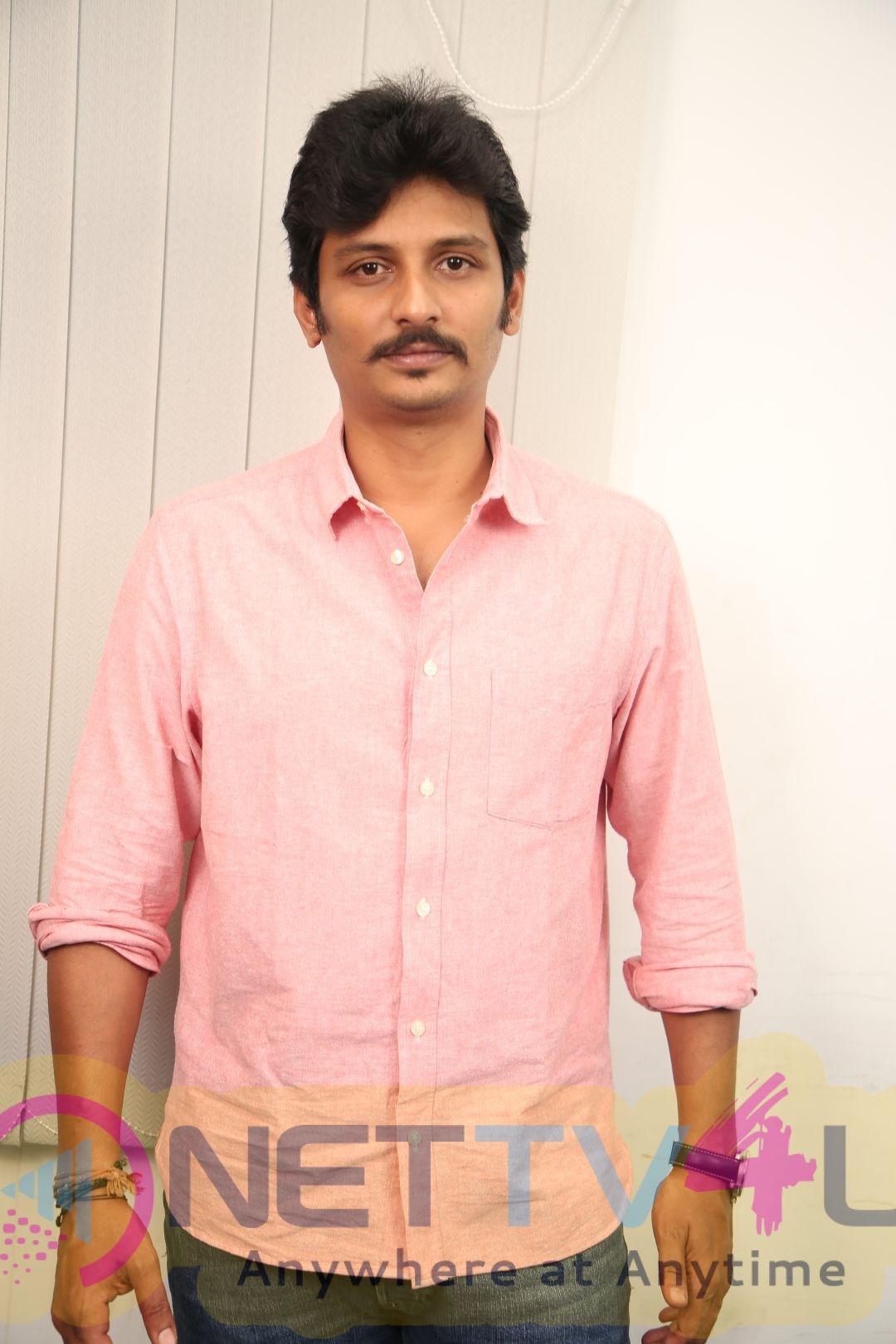 Actor Jiiva Exclusive Interview Pics