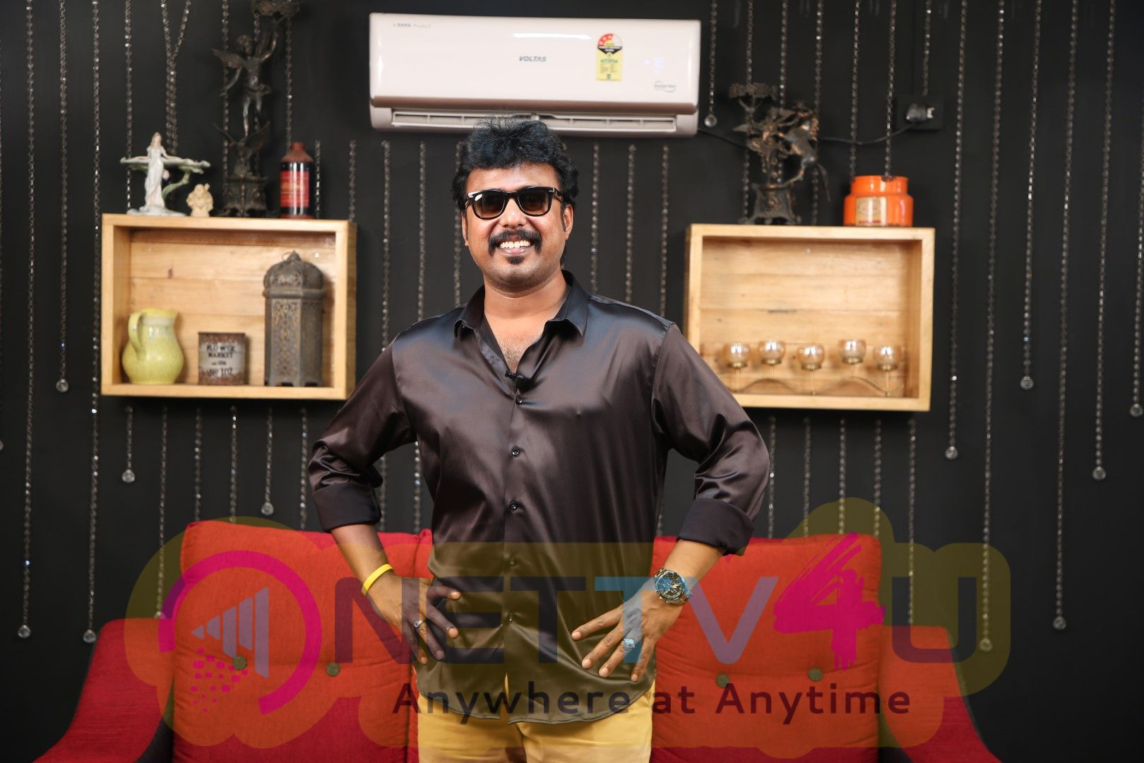 Anchor Aadhavan Exclusive Interview Images Tamil Gallery