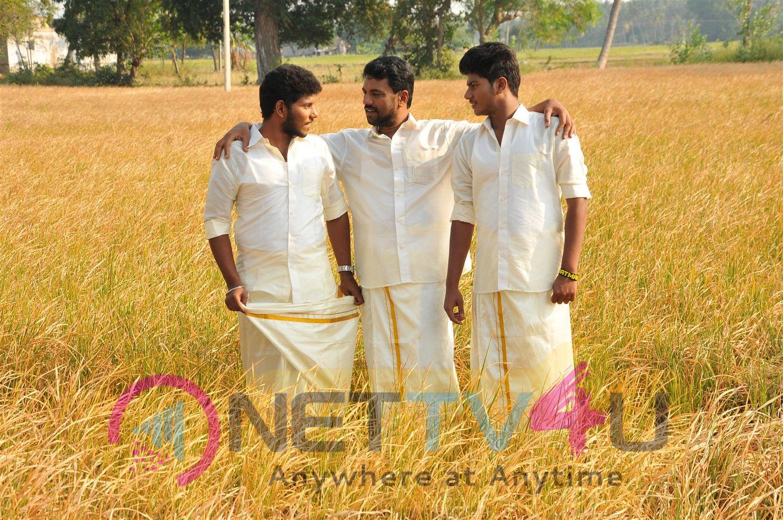 Thirupathi Sami Kudumbam Movie Images Tamil Gallery