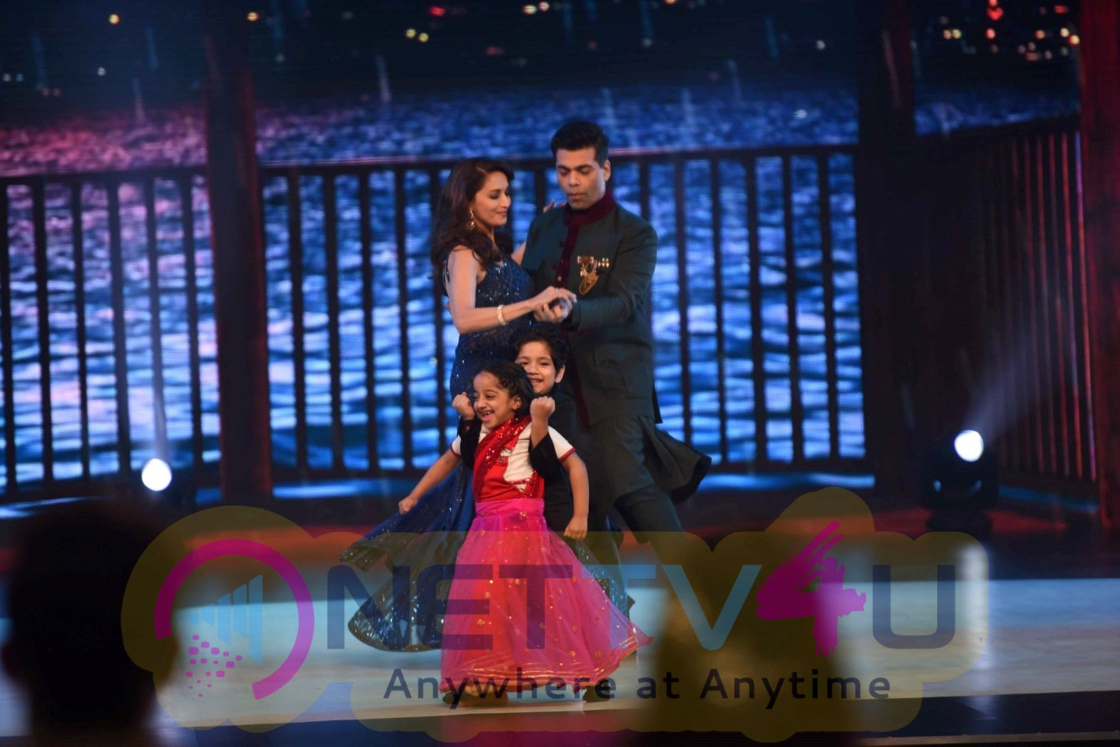 Ishaan Khattar And Janhvi Kapoor On The Sets Of Colors Dance Deewane In Filmcity Classy Images  Hindi Gallery