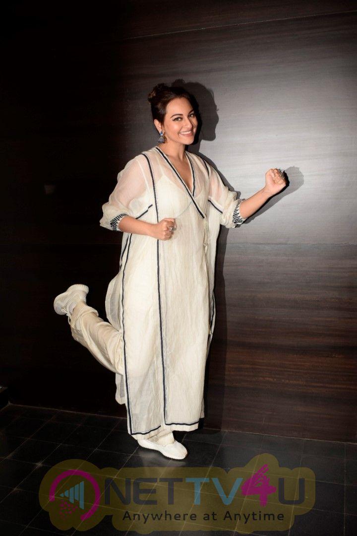 Happy Phirr Bhag Jayegi Movie Press Meet Images Hindi Gallery