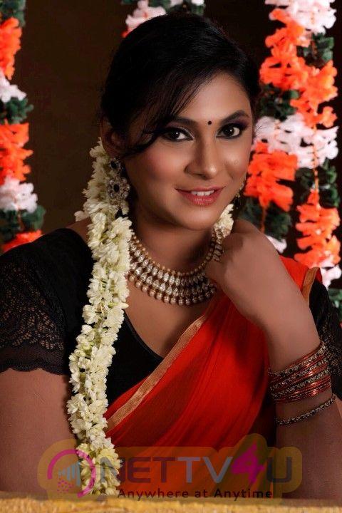 Puvisha Manoharan Cute Photos  Tamil Gallery