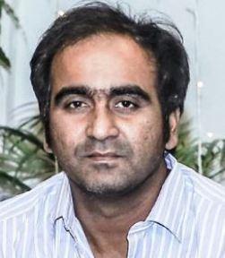 Chitram Basha Telugu Actor