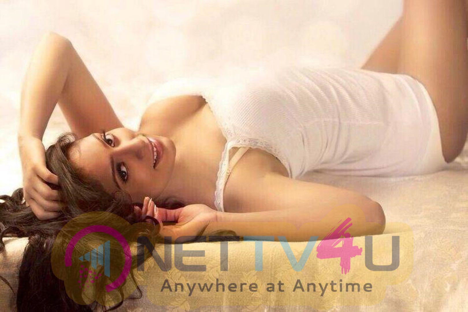 Actress Sri Sudha Beautiful Stills