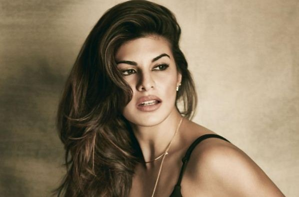 Just A Crore For Photo Shoot – Jacqueline Fernandez