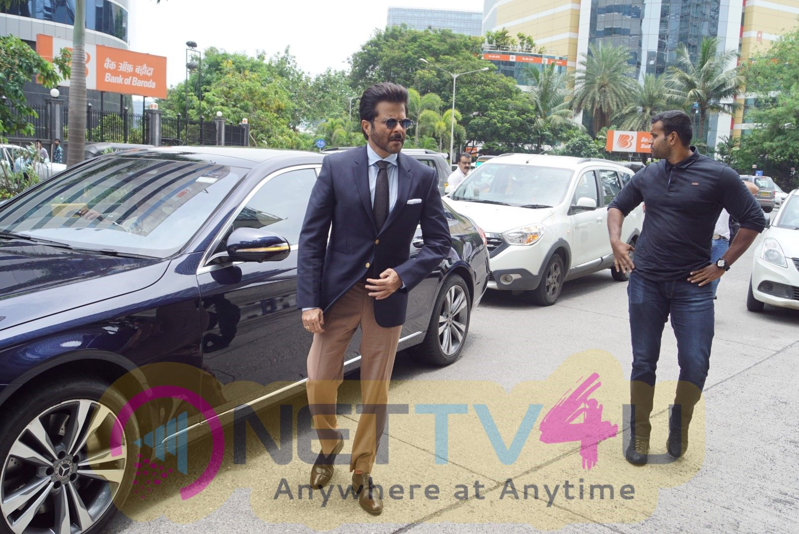 AnilKapoor Spotted At Facebook Office For Trailer Launch Of Fanney Khan Cute Images