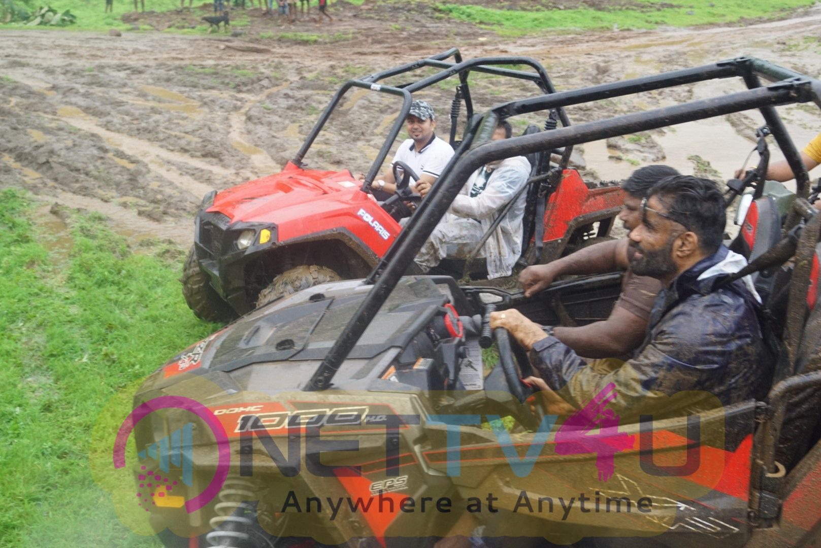 India 1st Off Roading Rally Mud Skull Adventure  With  Suniel Shetty Hindi Gallery