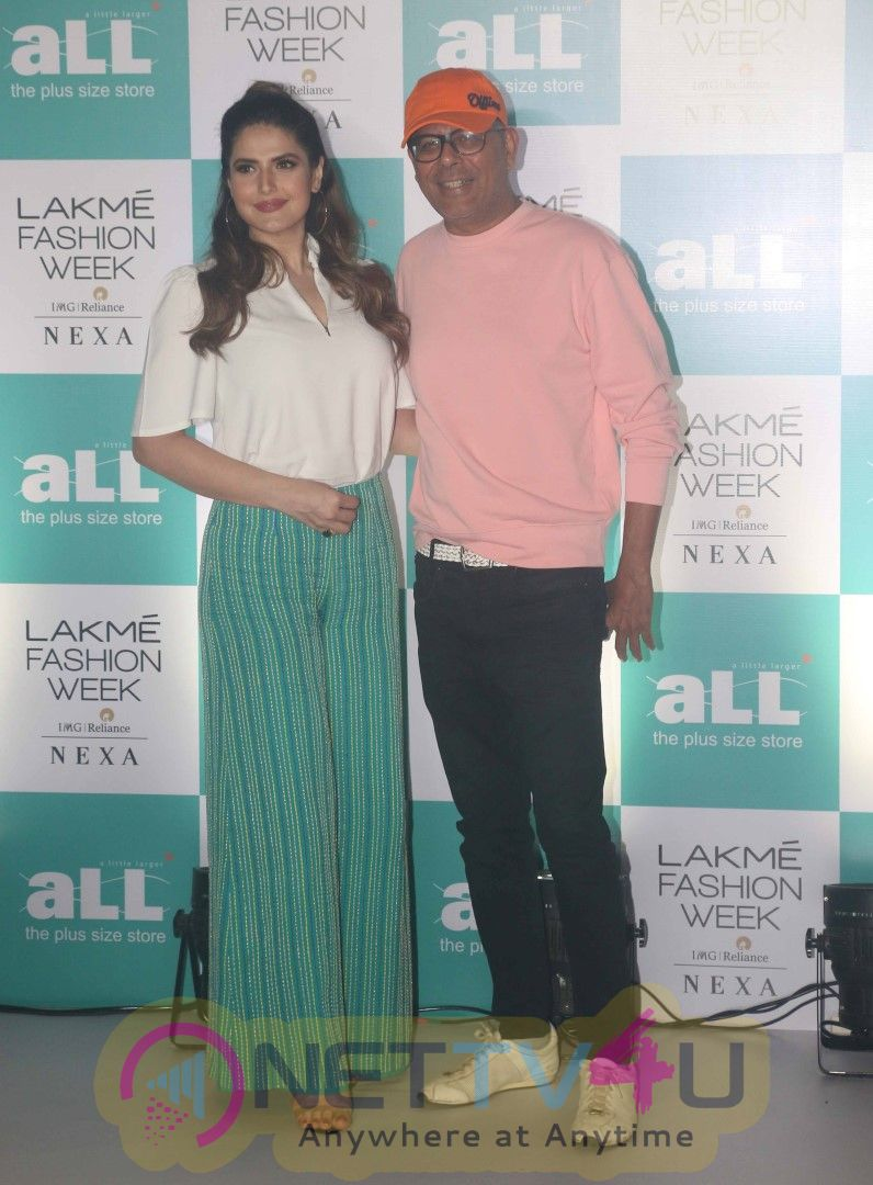 Zarine Khan Spotted At  Lakme Fashion Week Plus Size Models Auditions At St Regis Hotel In Mumbai Cute Images