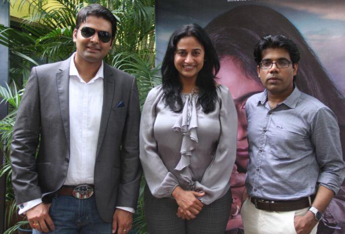 Anu Hasan As An Action Queen In Valla Desam!