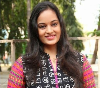 Suja Varunee In Jayaram's Achayans!