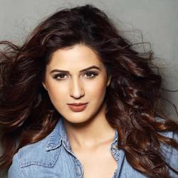 Isha Rikhi Hindi Actress