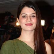 Kainaat Arora Hindi Actress