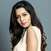 Raiza Wilson Tamil Actress