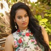 Suja Varunee Telugu Actress
