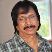 Chithra Lakshmanan Tamil Actor