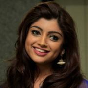 Akanksha Puri Hindi Actress