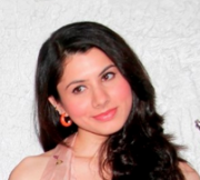 Aaradhya Kapoor Hindi Actress