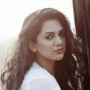 Akanksha Chamola  Hindi Actress