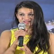 Henna Chopra Telugu Actress