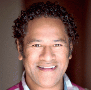Jay Lagaaia English Actor