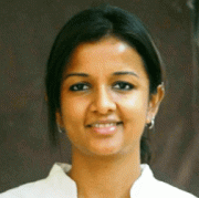 Kiruthiga Udhayanidhi Tamil Actress
