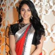 Pernia Qureshi Hindi Actress