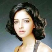 Poonam Chauhan Tamil Actress