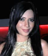 Rozlyn Khan Hindi Actress